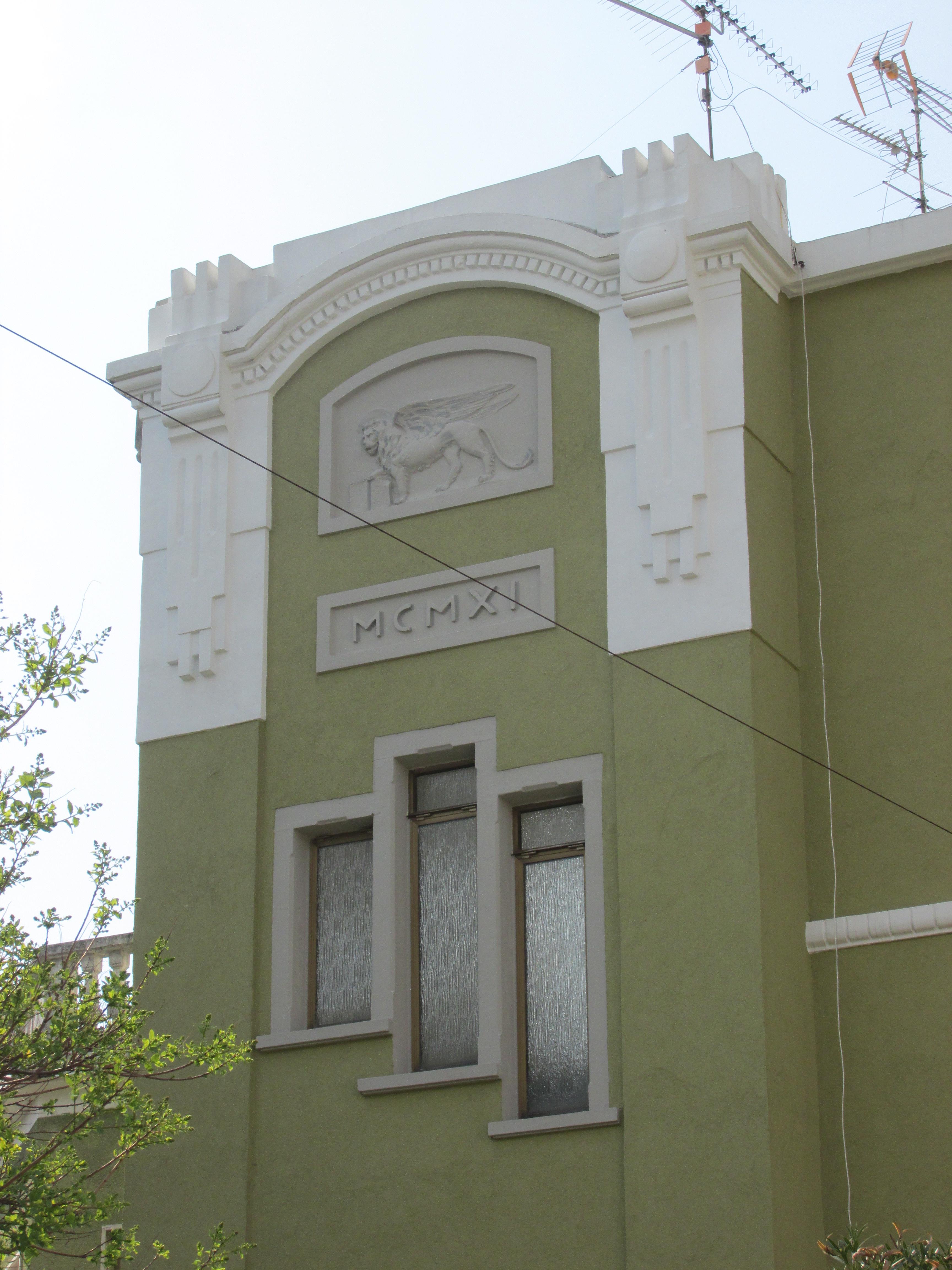 Cpi general contractor monfalcone restauro fregi for Fregi decorativi